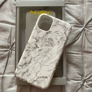 Apple IPhone 11 White Marble Case